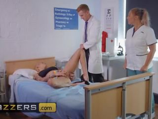 Brazzers Groß Meise Blond Doktor