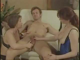 افلام كامله عائليه فرنسيه قديمه سكس الجنس أشرطة الفيديو الإباحية
