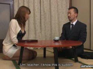 Swinger-Vierer im japanischen Stil mit Jun Kusanagi und Yuri Aine